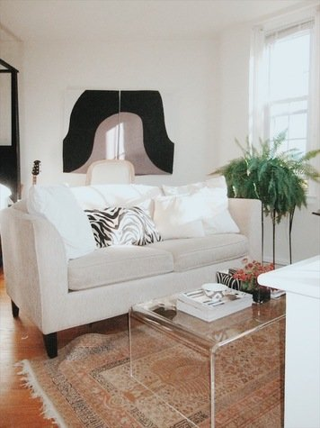 Online design Eclectic Living Room by Christina T. thumbnail