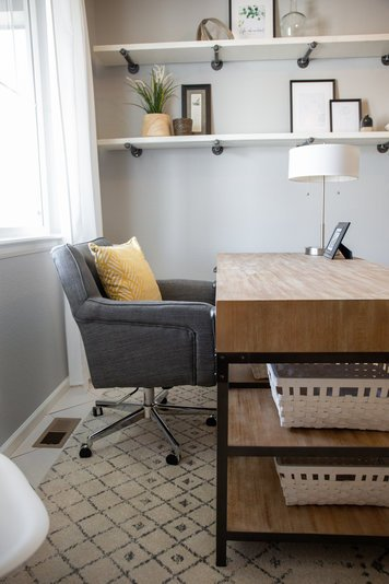 Online design Transitional Home/Small Office by Alyssa H. thumbnail
