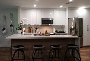Online design Modern Kitchen by Allison E. thumbnail