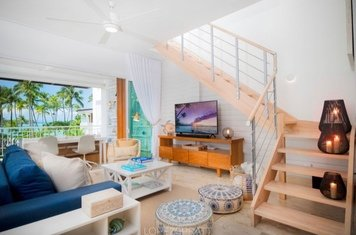 Online design Beach Living Room by Taize M. thumbnail