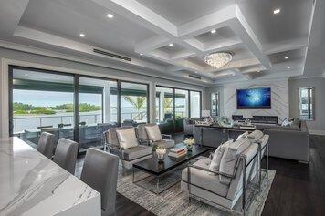 Online design Glamorous Living Room by Gericel D. thumbnail