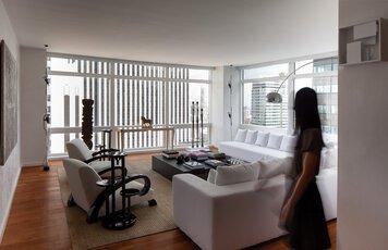 Online design Glamorous Living Room by Sara M. thumbnail