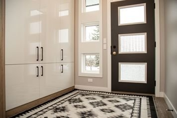 Online design Contemporary Hallway/Entry by Natalie S. thumbnail
