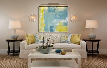 Online design Traditional Living Room by Wanda P. thumbnail