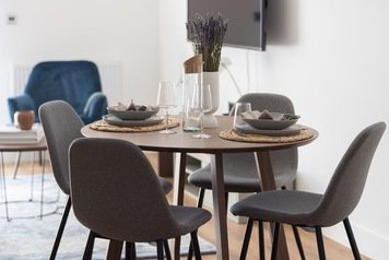 Online design Contemporary Dining Room by Monika V. thumbnail