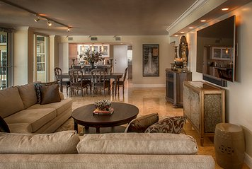 Online design Transitional Combined Living/Dining by Theresa G. thumbnail