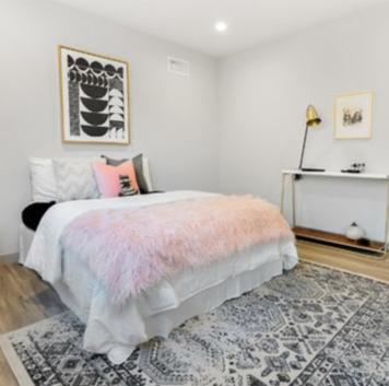 Online design Eclectic Bedroom by Vanessa T. thumbnail