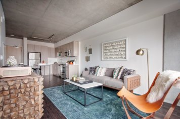 Online design Modern Combined Living/Dining by Sarah O. thumbnail