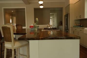 Online design Eclectic Kitchen by Brooke M. thumbnail