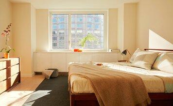 Online design Modern Bedroom by Shamus M. thumbnail