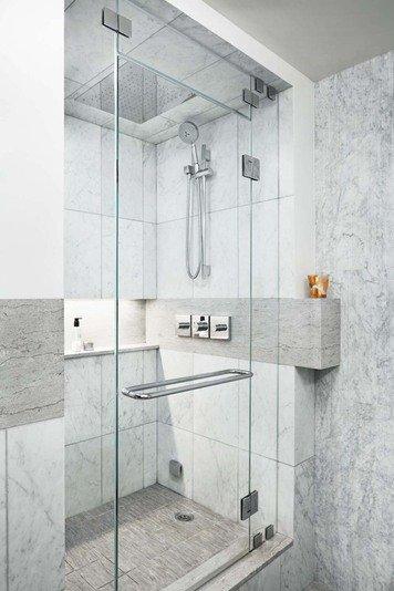 Online design Modern Bathroom by Lorenzo C. thumbnail