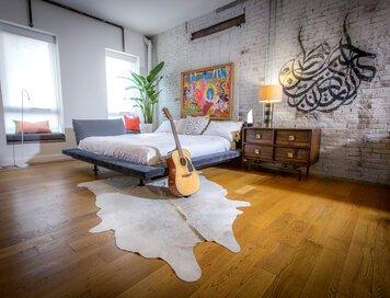 Online design Eclectic Bedroom by Linnea T thumbnail