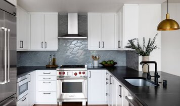 Online design Modern Kitchen by Caity H. thumbnail
