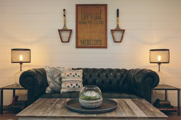 Online design Country/Cottage Living Room by Sara S. thumbnail