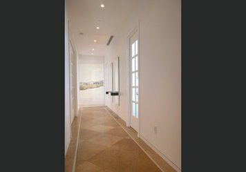 Online design Modern Hallway/Entry by Heather P. thumbnail