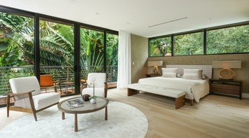 Online design Contemporary Bedroom by Taize M. thumbnail
