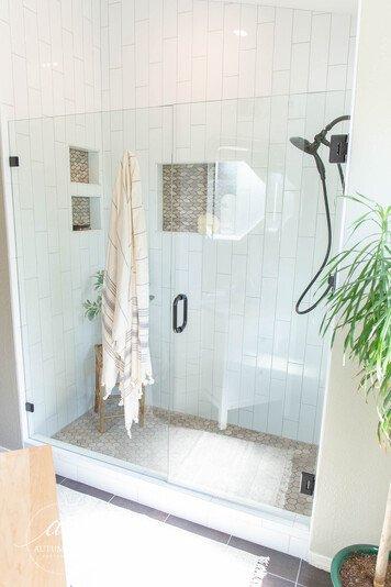 Online design Transitional Bathroom by Alyssa H. thumbnail