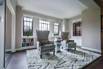Online design Contemporary Living Room by Amy F.  thumbnail