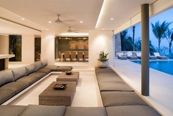 Online design Modern Combined Living/Dining by Amelia R. thumbnail