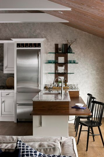 Online design Traditional Kitchen by Cynthia T. thumbnail