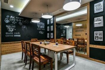 Online design Eclectic Business/Office by Devanshi S. thumbnail
