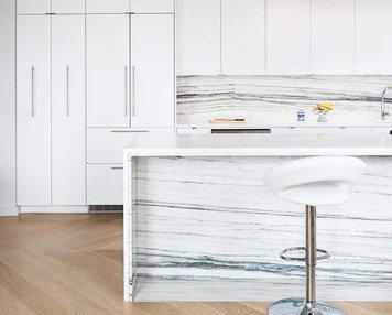 Online design Modern Kitchen by Lorenzo C. thumbnail