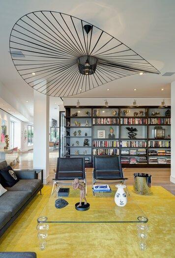 Online design Modern Living Room by susan w. thumbnail