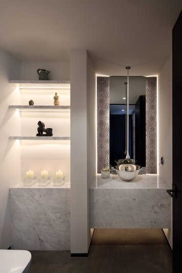 Online design Eclectic Bathroom by Lisa W. thumbnail
