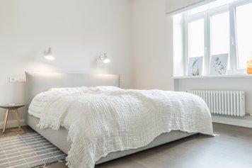 Online design Contemporary Bedroom by Agnese K. thumbnail