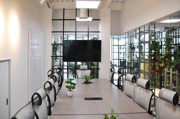 Online design Modern Business/Office by Rawan A. thumbnail