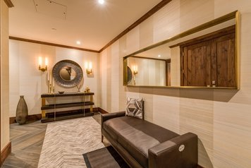 Online design Contemporary Hallway/Entry by MayKan C. thumbnail