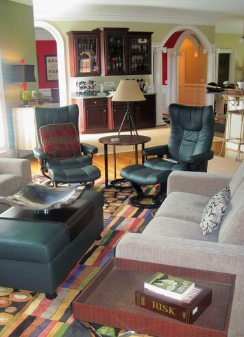 Online design Contemporary Living Room by Jennifer H. thumbnail