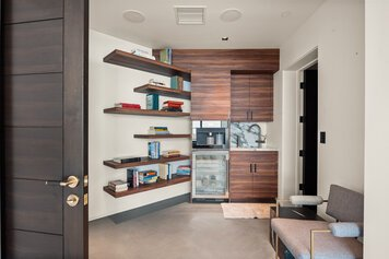 Online design Contemporary Home/Small Office by Kristin G. thumbnail