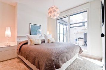Online design Contemporary Bedroom by Henrika T. thumbnail