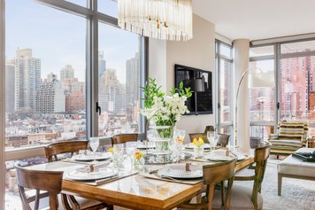 Online design Contemporary Dining Room by Joyce T thumbnail