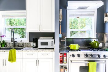 Online design Eclectic Kitchen by Drea D. thumbnail