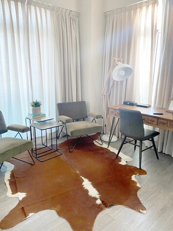 Online design Eclectic Home/Small Office by Perla V. thumbnail