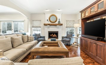 Online design Transitional Living Room by Eileen P. thumbnail