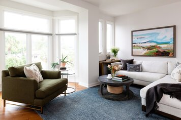 Online design Eclectic Living Room by Caity H. thumbnail