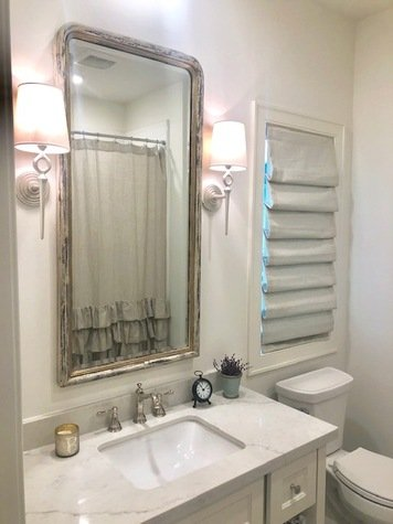 Online design Country/Cottage Bathroom by Berkeley H. thumbnail