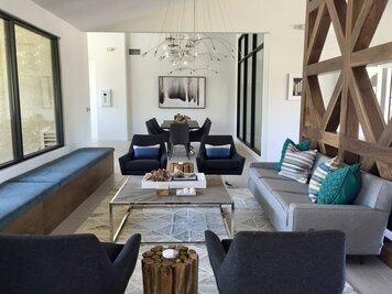 Online design Modern Living Room by Sarah O. thumbnail