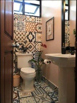 Online design Eclectic Bathroom by Francis D. thumbnail