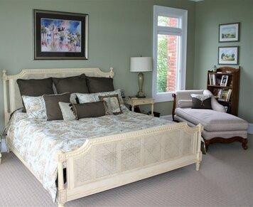 Online design Traditional Bedroom by Jennifer H. thumbnail
