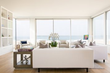 Online design Contemporary Living Room by Jordan S. thumbnail