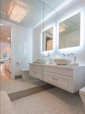 Online design Glamorous Bathroom by Jessica C. thumbnail