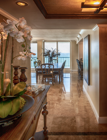 Online design Transitional Hallway/Entry by Theresa G. thumbnail