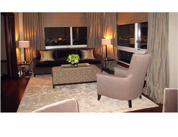 Online design Transitional Living Room by Cynthia T. thumbnail