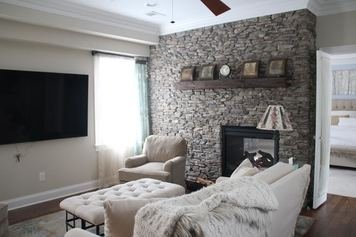 Online design Transitional Living Room by Anastasia H. thumbnail