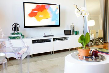 Online design Contemporary Living Room by Renata G. thumbnail