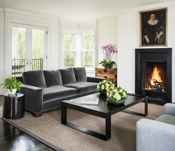Online design Transitional Living Room by Tiara M. thumbnail